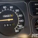 sstp_1011_09_o+1977_nissan_skyline_2000gt_ex+speedometer
