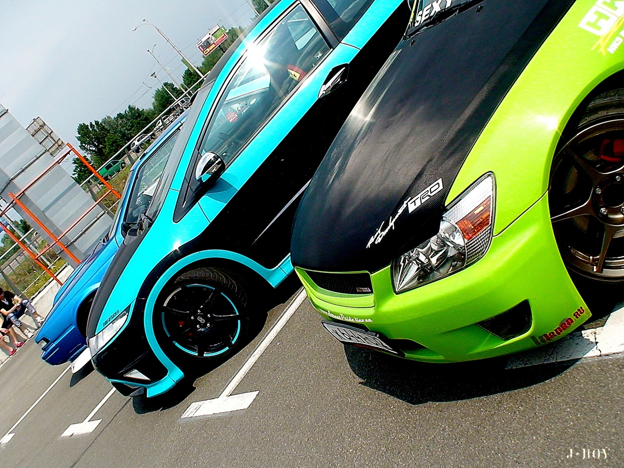japanese cars versus european cars As the german brands successfully exploited rising demand for smaller premium cars, the japanese were  unlike their european rivals, the three japanese car giants.